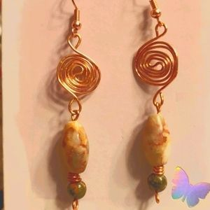 Handmade New wire and stone EARRINGS.